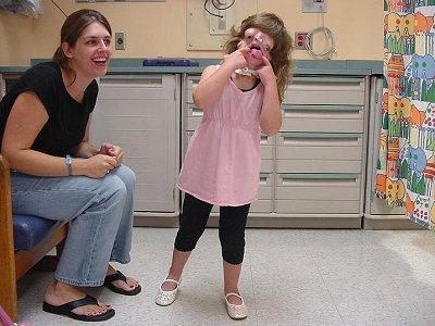 syndrome, Treacher Collins, insolite, maladie rare, santé, absence, structure crâniene, faciale, malformation, grossesse, sévère,