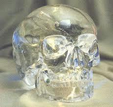 crânes de cristal, étrange, paranormal, insolite, crâne humain, artefact, antiquités mésoaméricaines, cultures, aztèque, maya, Musée du quai Branly, pouvoirs de guérison,