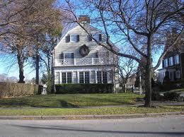 histoire, Amityville, maison hantée, étrange, paranormal, Maison du Diable, manifestations surnaturelles, Etats-Unis, tuer, alibi,