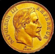 couple, découvre trésor, dans leur cave, Aveyronnais, petit pot, pièces d'or, insolite, chance, travaux, Millau, sol, 34 pièces, numismate, cachées, expertise,