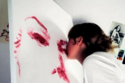 Nathalie Irish, peint, chef d'oeuvre, avec ses lèvres, insolite, peinture, portrait, vidéo, artiste, unique,