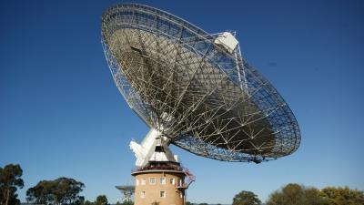 Des ondes radio reperees venues d une galaxie