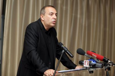 Jean marc morandini fait une declaration a la presse