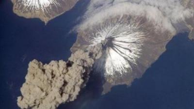 volcan se réveille, alaska, Cleveland, réveillé, explosion, cendres, éruption, vapeur, gaz, expert, Anchorage, fumée, altitude, insolite,